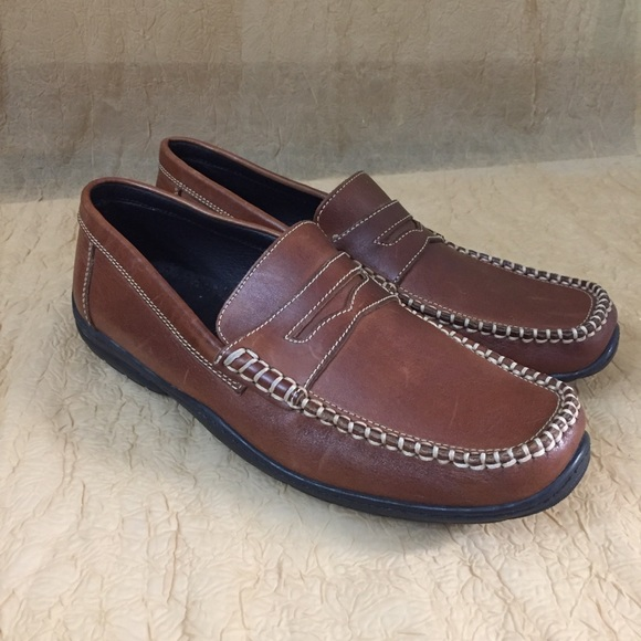 Bass.  Brown leather upper men's shoes SZ 9.5
